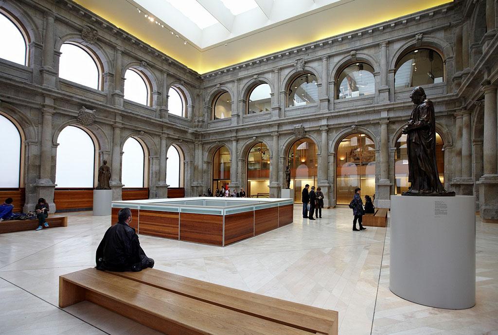 简介普拉多博物馆位于马德里,是西班牙最大的美术馆,这座最早用来图片