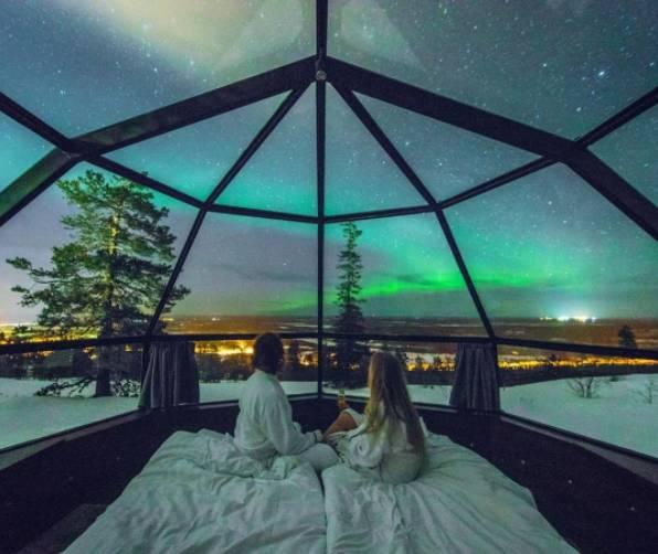 芬兰玻璃屋_芬兰的玻璃小屋哪一个看极光最好?-北欧旅游攻略 - 无二之旅