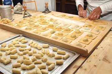 在佛罗伦萨和厨师逛市场,体验托斯卡纳烹饪乐趣