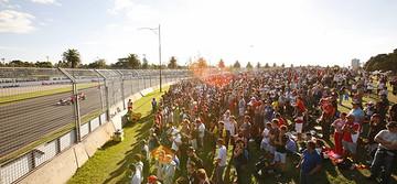 在墨尔本看F1大奖赛,感受极速风流