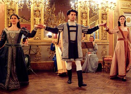 在佛罗伦萨Palazzo Borghese享用特色晚宴,欣赏宫廷表演