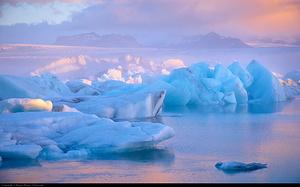 """徒步在传说中的""""冰与火的国度"""""""