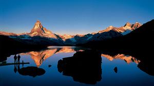 瑞士两大观景铁路环游之旅