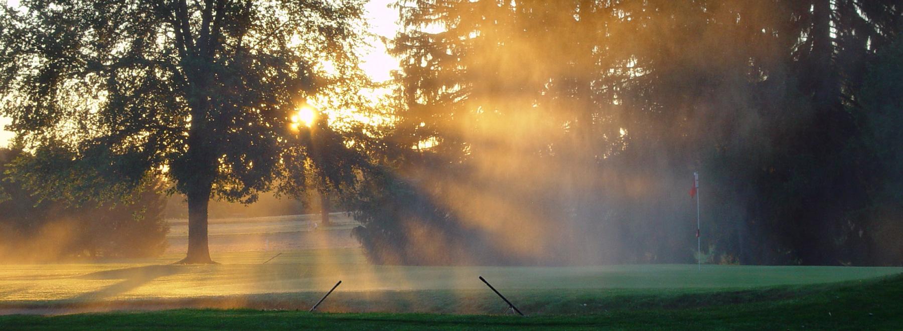 在Golf & Country Club Zürich打高尔夫
